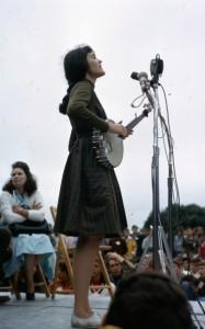 H Hedy West στο φεστιβάλ του Newport
